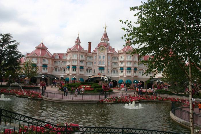 disneyland parijs entree hotel