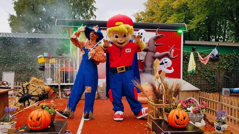 happy halloween park tivoli