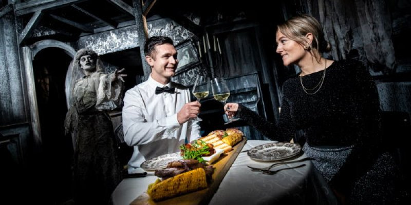 walibi holland halloween dinner experience