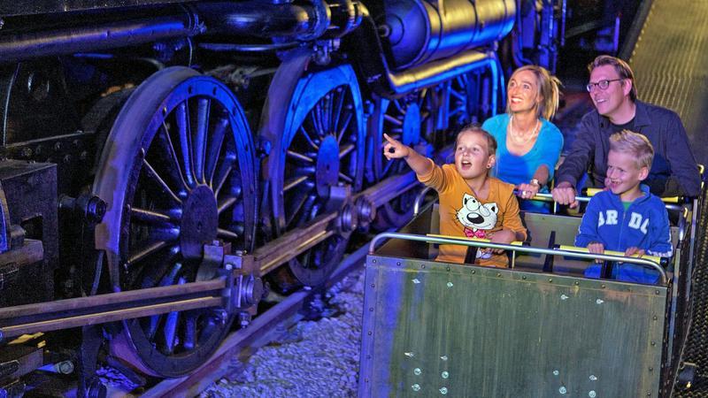 stalen monsters spoorwegmuseum